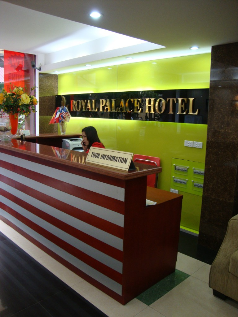 The reception desk at Royal Palace Hotel