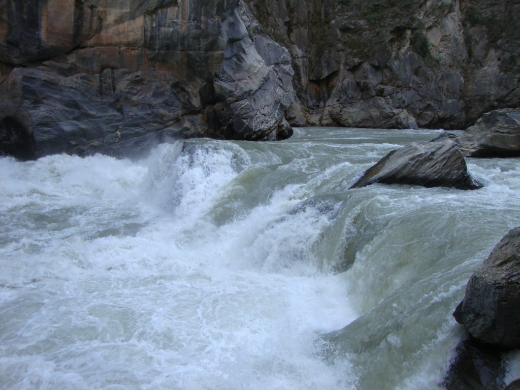 The rapids at Middle Gorge