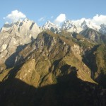 A Lazy Trekker's Guide to Tiger Leaping Gorge