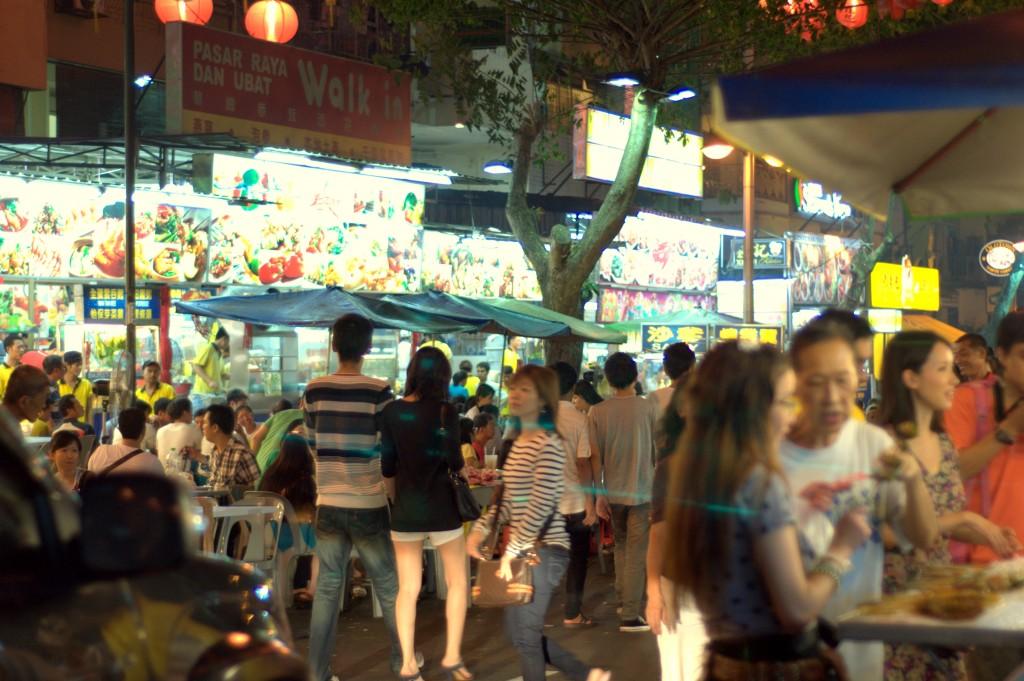 Experience Kuala Lumpur's street food with Food Tour Malaysia