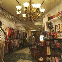 A cute boutique inside Shida Night Market