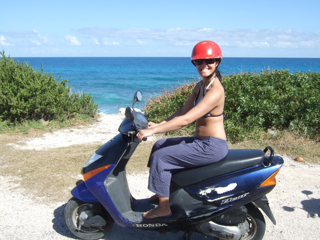 Driving a motorbike for the first time ever in Cancun