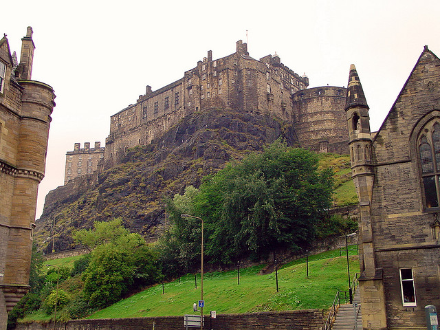 Edinburg Castle courtesy of Bert Kaufmann